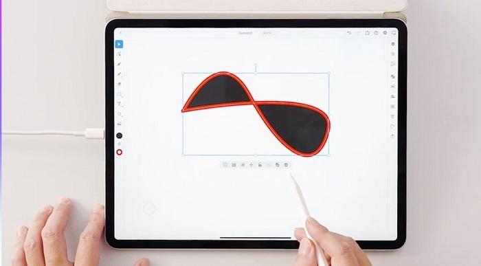 Illustrator iPad版のデモの様子。